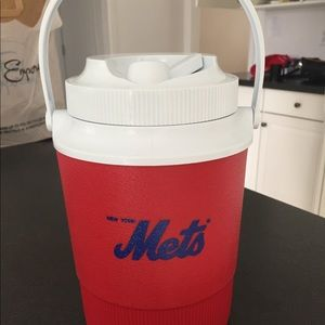 Rubbermaid Mets Jug with spout